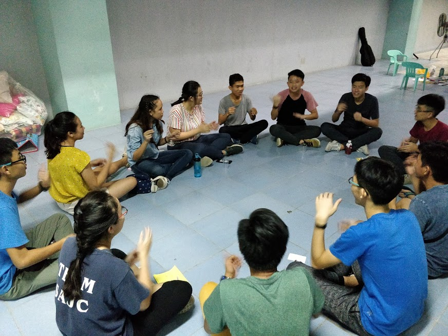 Fellowship among our ERs and the Bacolod youth leaders.